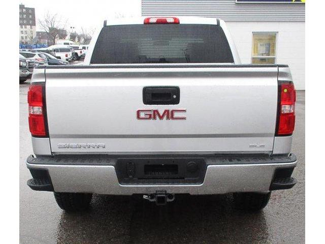 2018 GMC Sierra 1500 SLE (Stk: 18966) in Peterborough - Image 2 of 4