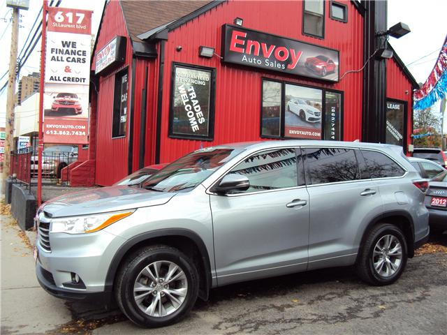 2015 Toyota Highlander LE (Stk: ) in Ottawa - Image 1 of 29