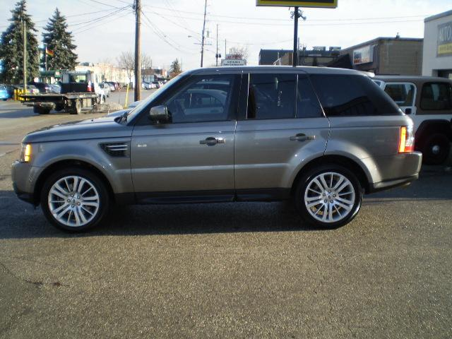 2010 Land Rover Range Rover Sport HSE (Stk: 7805) in Etobicoke - Image 2 of 7