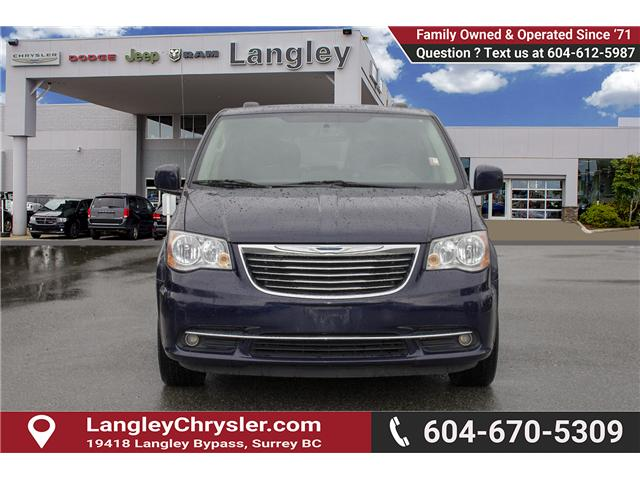 2014 Chrysler Town & Country Touring (Stk: EE898860A) in Surrey - Image 2 of 28