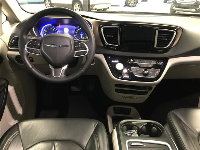 2018 Chrysler Pacifica Touring-L Plus (Stk: P11883) in Calgary - Image 9 of 13