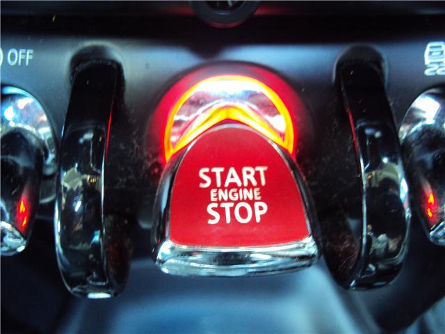 2014 MINI Hatch Cooper S (Stk: ) in Ottawa - Image 22 of 29