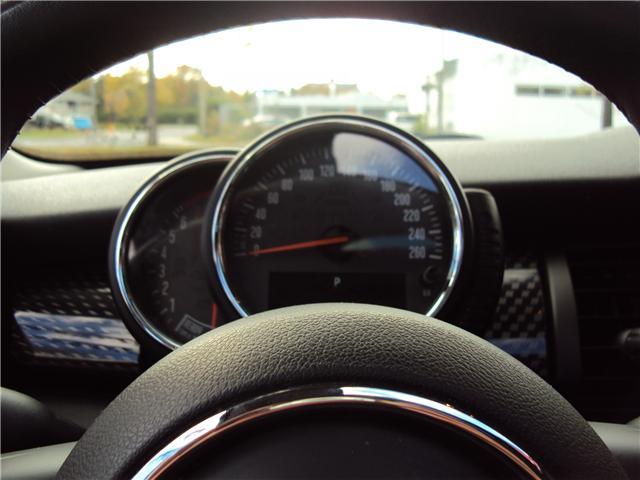 2014 MINI Hatch Cooper S (Stk: ) in Ottawa - Image 26 of 29