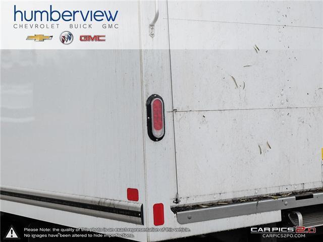 2018 GMC Savana Cutaway Work Van (Stk: T8G179) in Toronto - Image 11 of 25