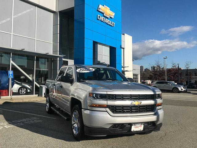 2018 Chevrolet Silverado 1500 Silverado Custom (Stk: 8L54670) in North Vancouver - Image 2 of 13