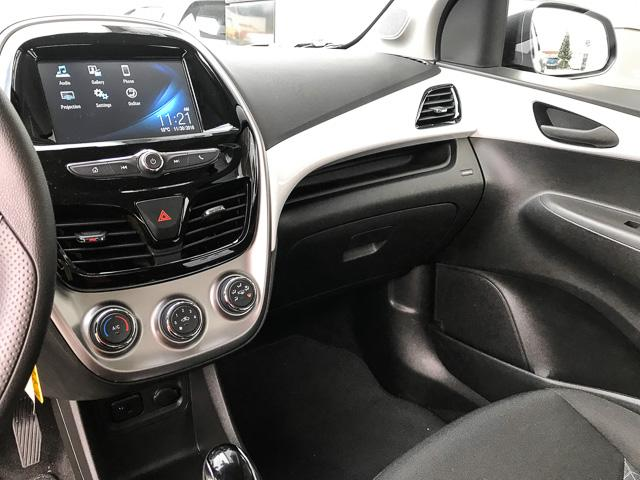 2018 Chevrolet Spark 1LT CVT (Stk: 971640) in North Vancouver - Image 10 of 25