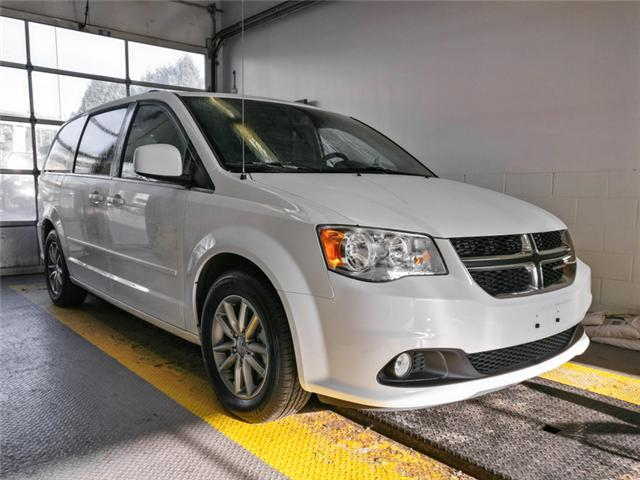 2015 Dodge Grand Caravan SE/SXT (Stk: M858881) in Burnaby - Image 2 of 25