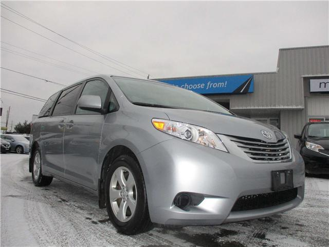 2017 Toyota Sienna LE 8 Passenger (Stk: 181978) in Richmond - Image 1 of 13