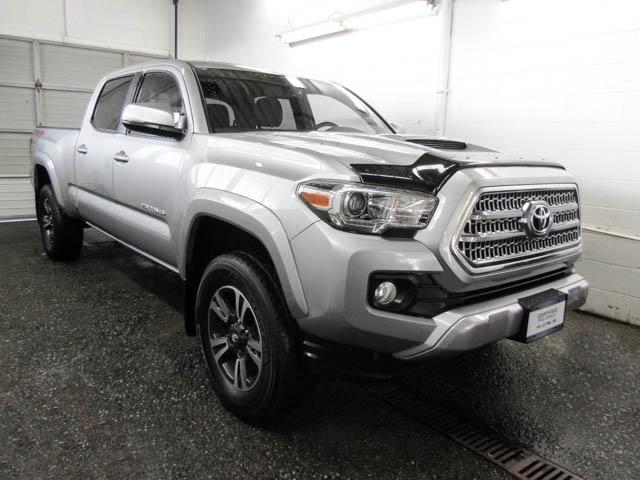 2016 Toyota Tacoma SR5 (Stk: T6-37621) in Burnaby - Image 2 of 22