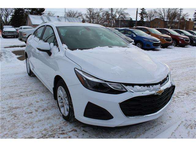 2019 Chevrolet Cruze LT (Stk: 199620) in Brooks - Image 1 of 20