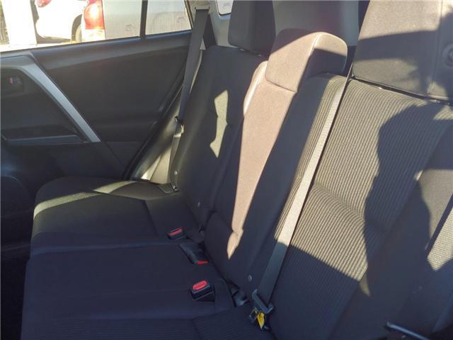 2017 Toyota RAV4  (Stk: P0054090) in Cambridge - Image 8 of 12