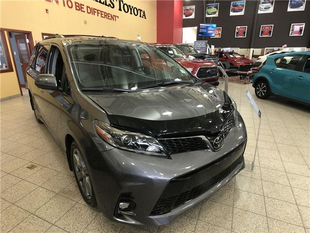 2019 Toyota Sienna Technology Package (Stk: 2900120) in Calgary - Image 2 of 20