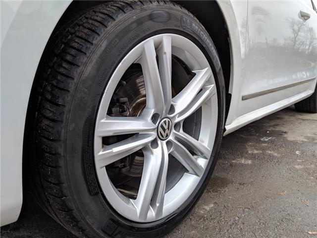 2015 Volkswagen Passat 1.8 TSI Highline (Stk: ) in Bolton - Image 10 of 27