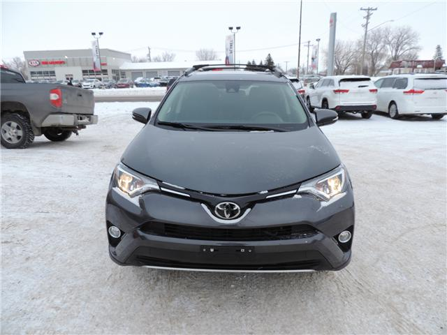 2018 Toyota RAV4 XLE (Stk: 185141) in Brandon - Image 3 of 25
