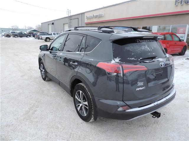 2018 Toyota RAV4 XLE (Stk: 185141) in Brandon - Image 8 of 25