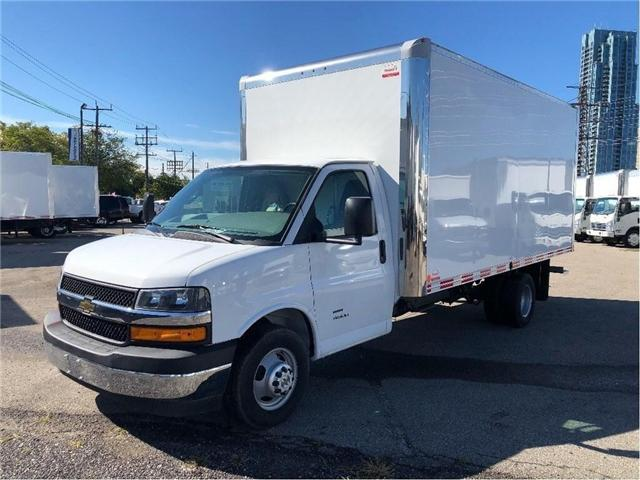 2019 Chevrolet Express 4500 New 2019 Chev. Express Cube-Van (Stk: 95180A) in Toronto - Image 2 of 16
