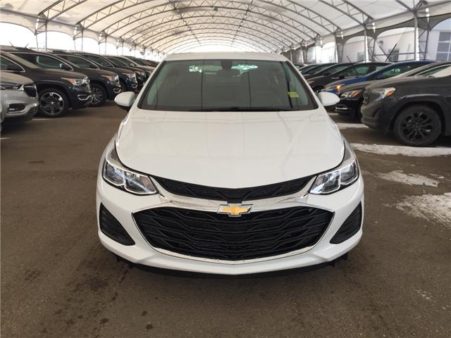 2019 Chevrolet Cruze LS (Stk: 170244) in AIRDRIE - Image 2 of 18