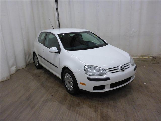2009 Volkswagen Rabbit 3-Door Trendline (Stk: 181129106) in Calgary - Image 1 of 26