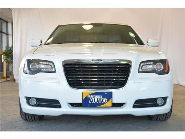 2013 Chrysler 300 S (Stk: 669173) in Milton - Image 2 of 45