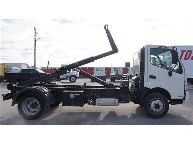 2017 Hino 195 w/ XR5 Multilift System - (Stk: HLTW13009A) in Barrie - Image 5 of 5