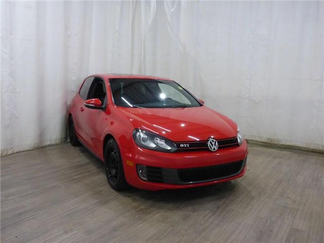 2011 Volkswagen Golf GTI 3-Door (Stk: 18111550) in Calgary - Image 1 of 25