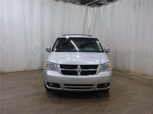 2009 Dodge Grand Caravan SE (Stk: 18120101) in Calgary - Image 2 of 27
