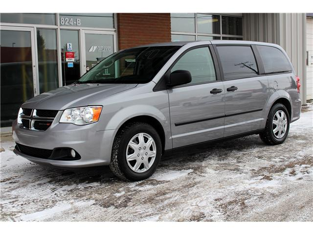 2015 Dodge Grand Caravan SE/SXT (Stk: 528821) in Saskatoon - Image 1 of 18