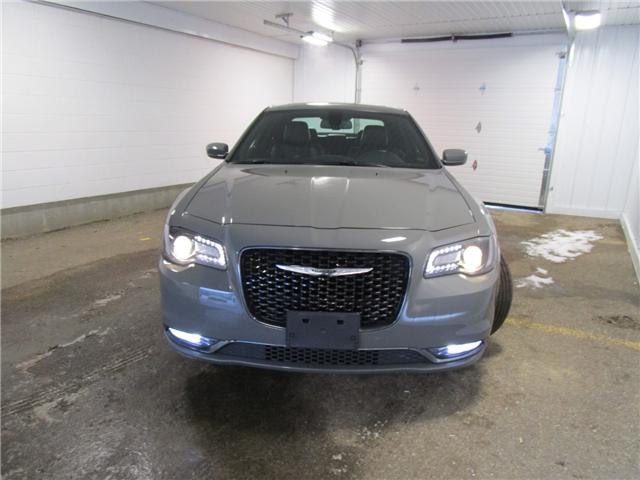 2018 Chrysler 300 S (Stk: F170438 ) in Regina - Image 2 of 35