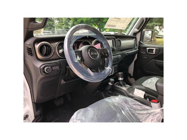 2018 Jeep Wrangler Sport (Stk: 184096) in Toronto - Image 11 of 17