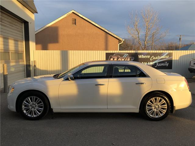 2014 Chrysler 300C Base (Stk: 7049) in Fort Macleod - Image 2 of 24