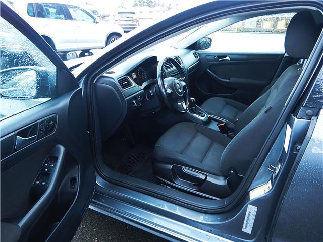 2011 Volkswagen Jetta 2.0 TDI Comfortline (Stk: VW0749) in Surrey - Image 6 of 24