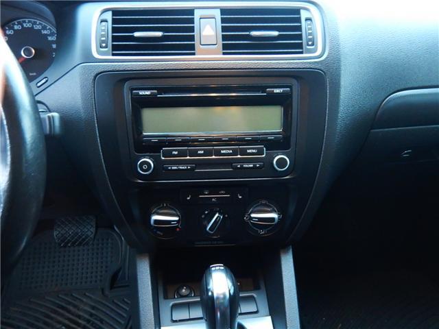 2011 Volkswagen Jetta 2.0 TDI Comfortline (Stk: VW0749) in Surrey - Image 12 of 24