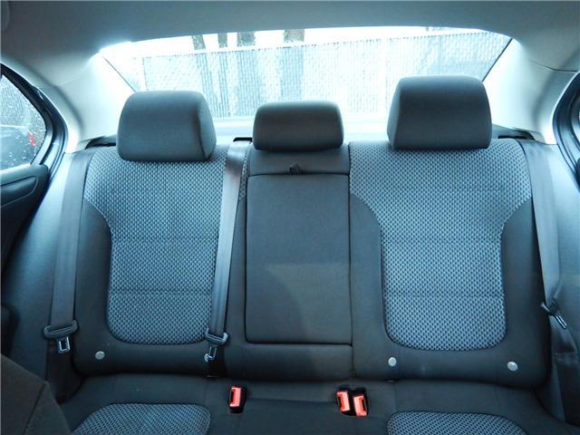 2011 Volkswagen Jetta 2.0 TDI Comfortline (Stk: VW0749) in Surrey - Image 18 of 24
