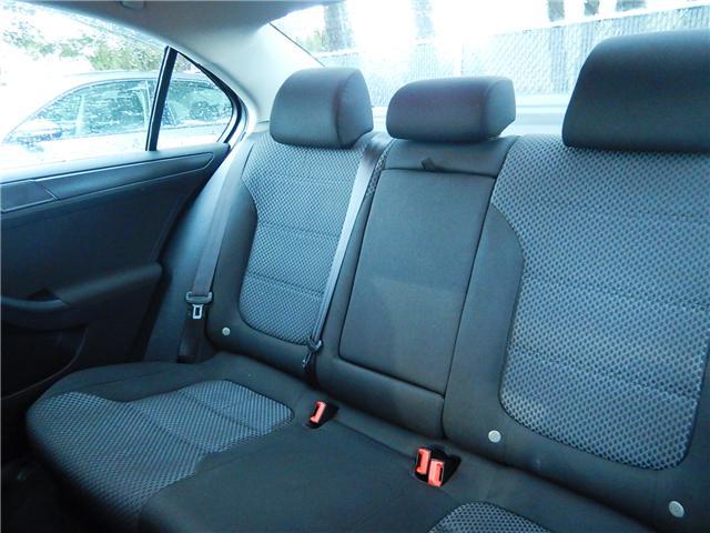 2011 Volkswagen Jetta 2.0 TDI Comfortline (Stk: VW0749) in Surrey - Image 19 of 24