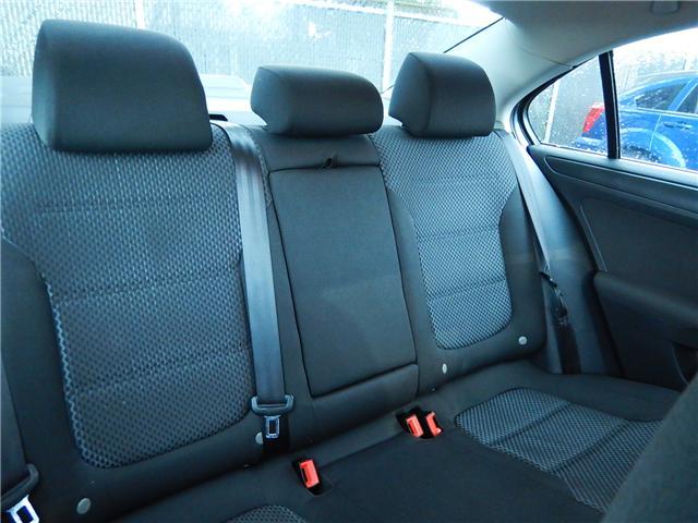 2011 Volkswagen Jetta 2.0 TDI Comfortline (Stk: VW0749) in Surrey - Image 17 of 24
