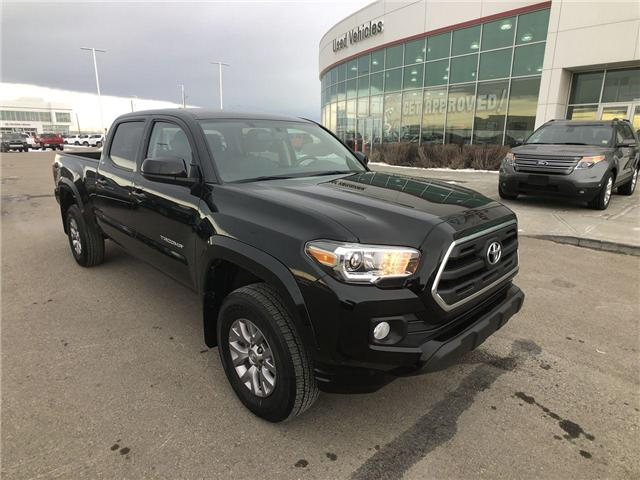 2017 Toyota Tacoma SR5 (Stk: 2801586A) in Calgary - Image 2 of 15