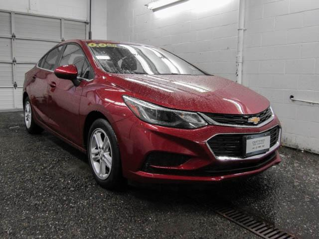 2017 Chevrolet Cruze LT Auto (Stk: J7-52651) in Burnaby - Image 2 of 23