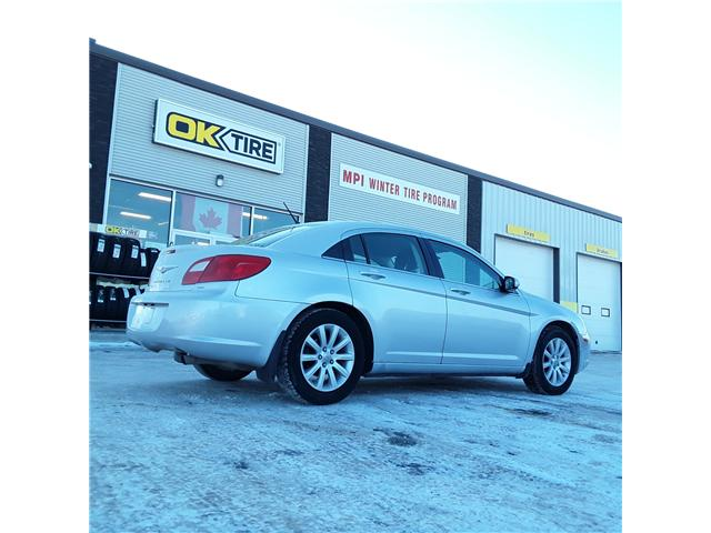 2010 Chrysler Sebring Touring (Stk: P371) in Brandon - Image 2 of 3