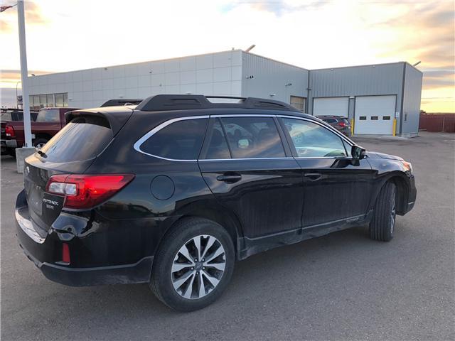 2015 Subaru Outback 3.6R Limited Package (Stk: 152908) in Lethbridge - Image 3 of 4