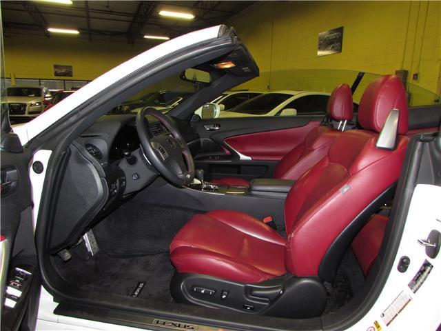 2015 Lexus IS 250C Base (Stk: S2538) in North York - Image 5 of 21
