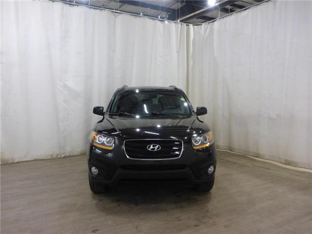 2010 Hyundai Santa Fe Limited (Stk: 18120828) in Calgary - Image 2 of 24