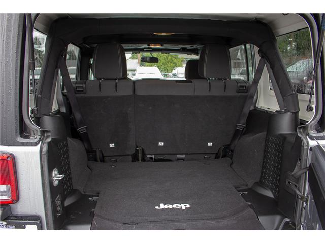 2017 Jeep Wrangler Unlimited Sahara (Stk: P4429) in Surrey - Image 10 of 27