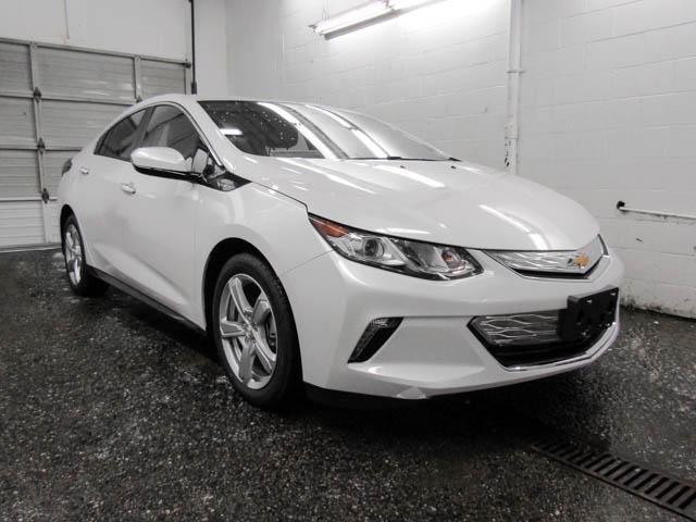 2019 Chevrolet Volt LT (Stk: V9-42570) in Burnaby - Image 2 of 12