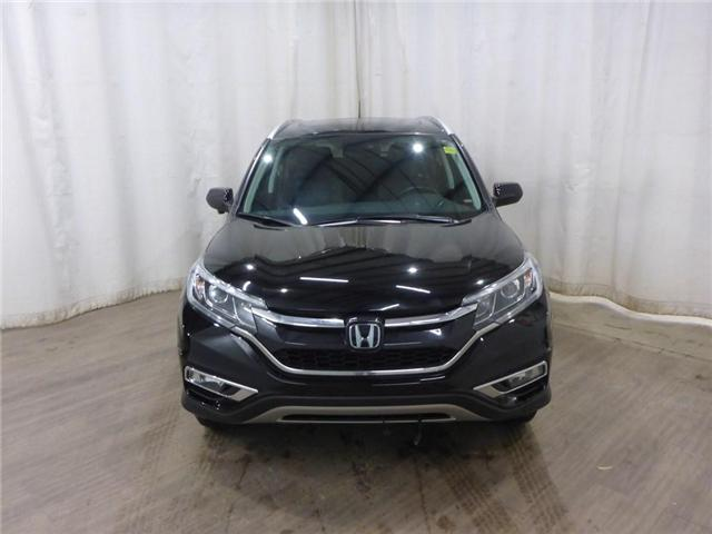 2015 Honda CR-V Touring (Stk: 18121136) in Calgary - Image 2 of 30