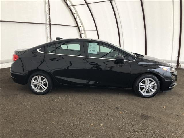 2018 Chevrolet Cruze LT Auto (Stk: 15780DO) in Thunder Bay - Image 2 of 17