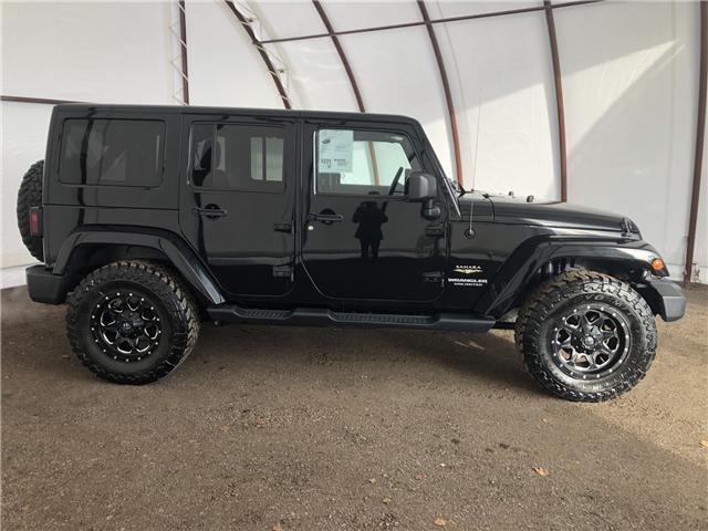 2013 Jeep Wrangler Unlimited Sahara (Stk: 13687A) in Thunder Bay - Image 2 of 17