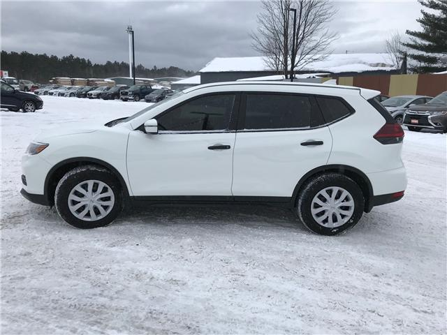 2018 Nissan Rogue S (Stk: 18345-1) in Pembroke - Image 2 of 17