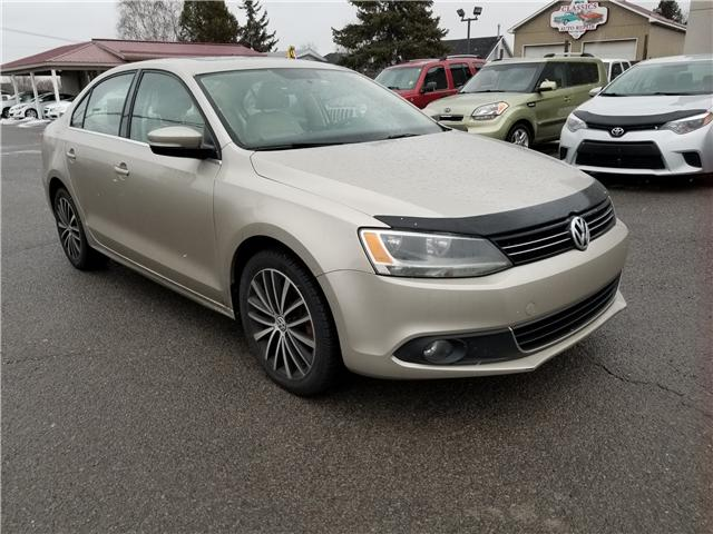 2013 Volkswagen Jetta 2.0 TDI Highline (Stk: ) in Kemptville - Image 1 of 19