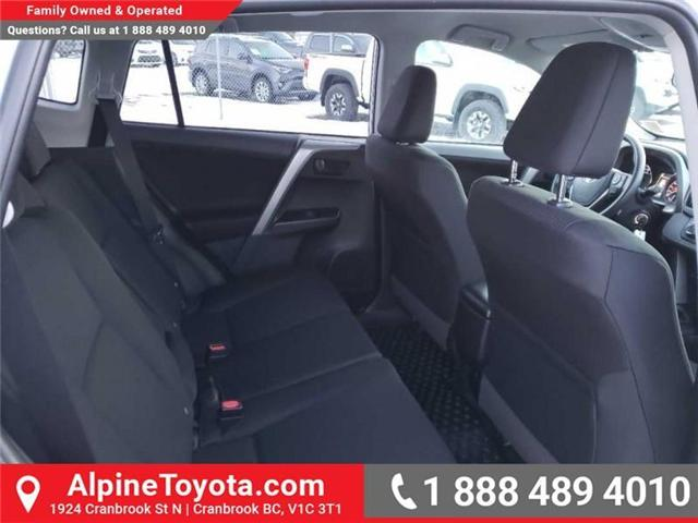 2018 Toyota RAV4 LE (Stk: W854678) in Cranbrook - Image 15 of 16