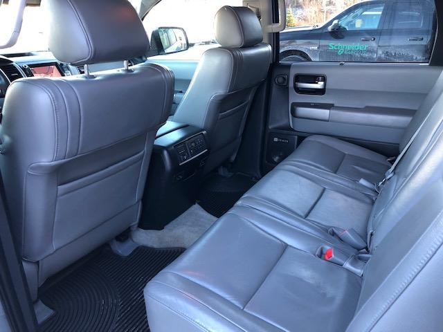 2010 Toyota Sequoia Limited 5.7L V8 (Stk: 1088) in Halifax - Image 21 of 29